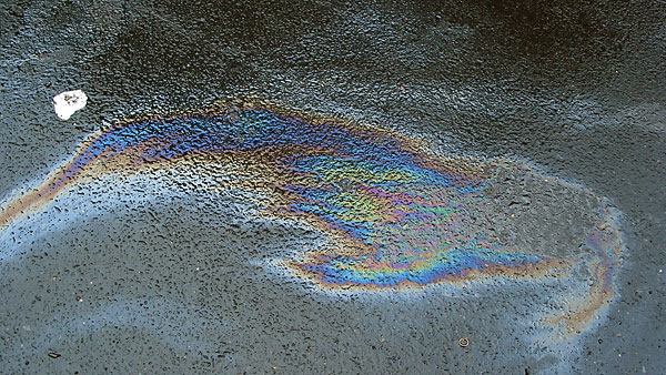 Oil Slick, 2003, photo by Fred Hatt