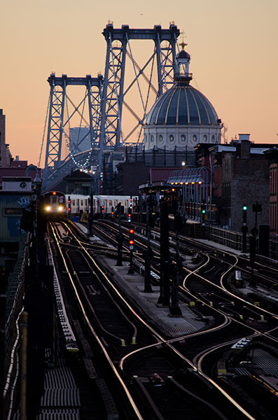 Williamsburg Bridge Trains, 2012, photo by Fred Hatt