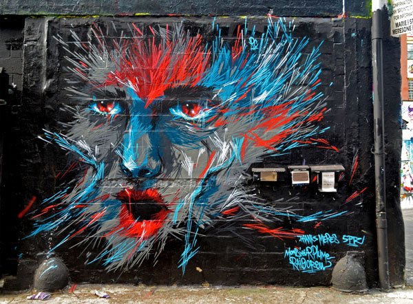 Mural by Monsieur Plume, 5 Pointz, photo by Fred Hatt